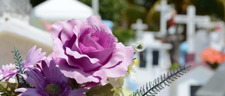 Czym się kierować wybierając zakład pogrzebowy?